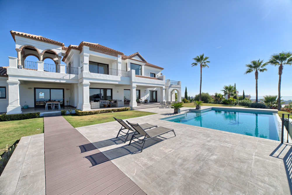 Top Quality Villa In Benahavis