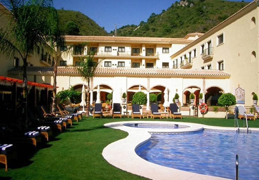 Superb Hotel In Benahavis