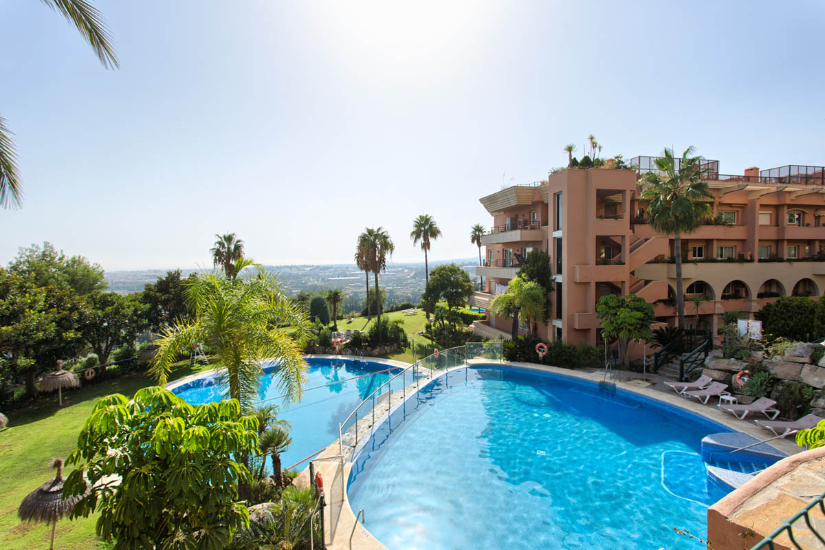 Superb apartment in Nueva Andalucia