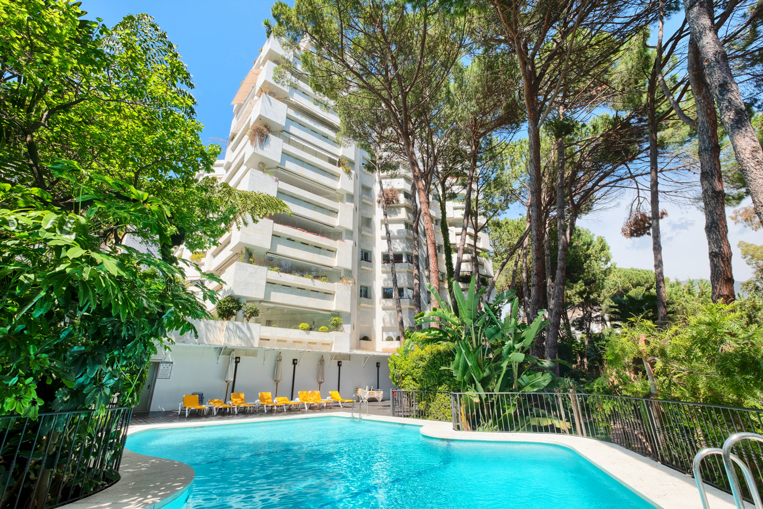Luxury apartment in Jardines del Mediterraneo