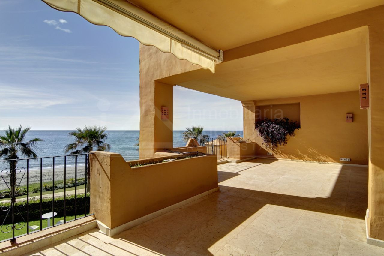 Luxury apartment in Los Granados del Mar