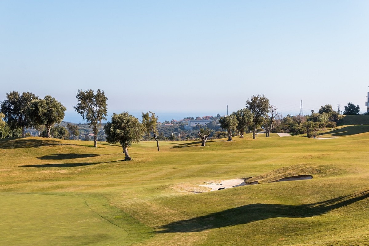 Land in Valle Romano Golf