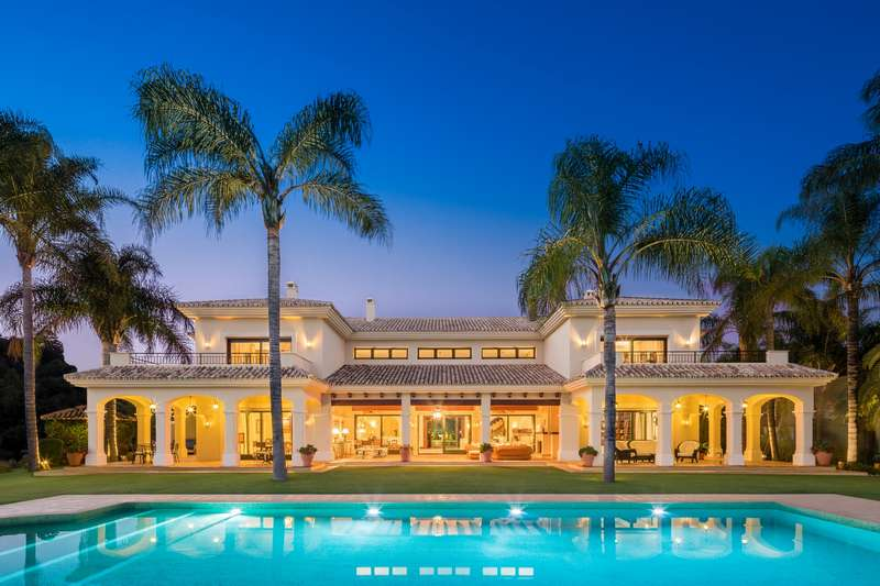 Fabulous mansion in La Quinta